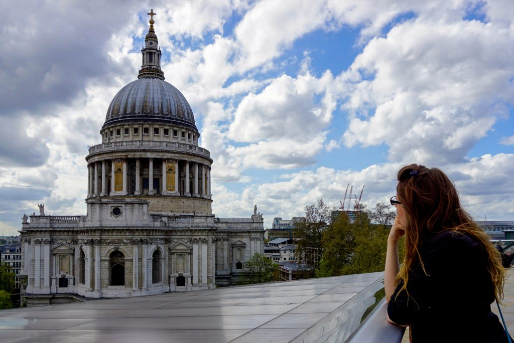 St. Paul's Cathedral, London, UK - Experiencing the Globe