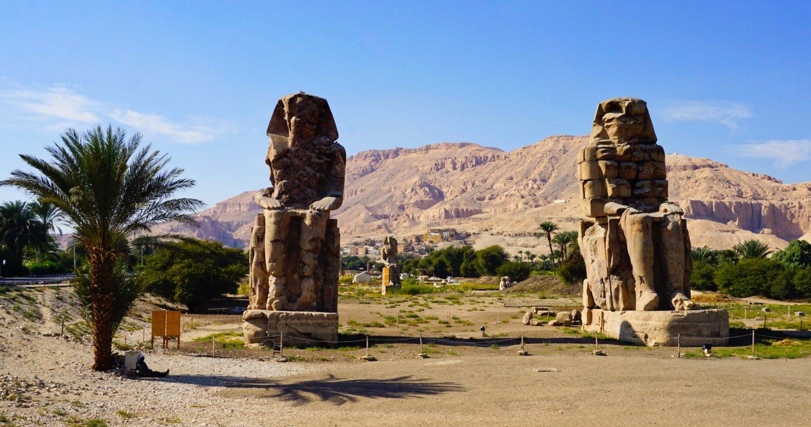 Colossi of Memnon, Luxor, Egypt - Experiencing the Globe