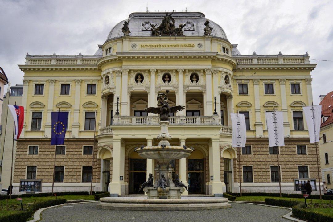 Slovak National Theater, Bratislava, Slovakia – Experiencing the Globe