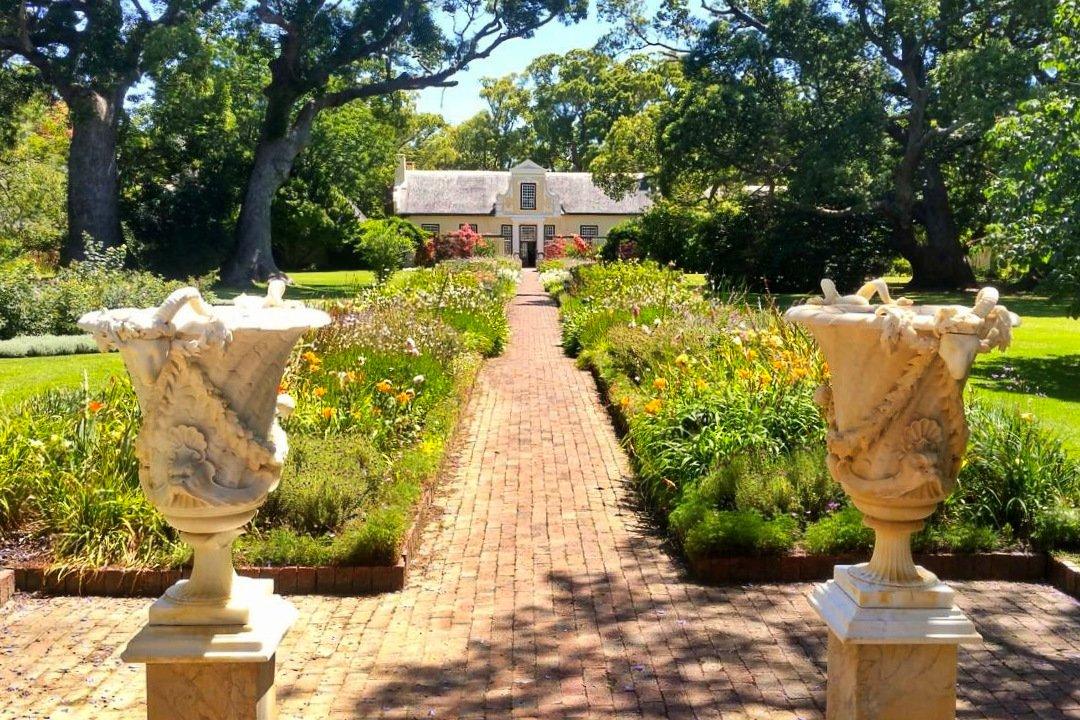 Vergelegen Wine Estate, South Africa ©Flashpacking Family